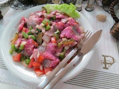 Kräuter-Matjes-Salat