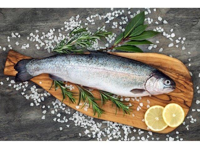 Lachsforelle küchenfertig